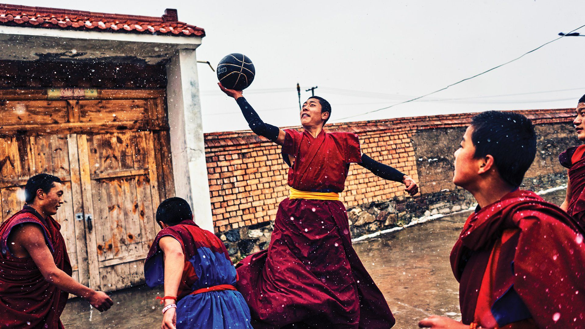 Monks, nomads, and a sport's unlikely ascent in a remote corner of the globe. Image by An Rong Xu. Tibet, 2018.