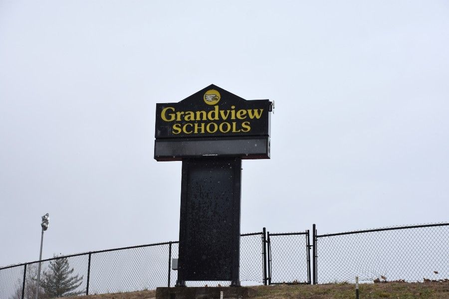 Grandview R-2 School District is the home base for an online school that draws students from across the state. Image by Doyle Murphy/Riverfront Times. United States, undated.
